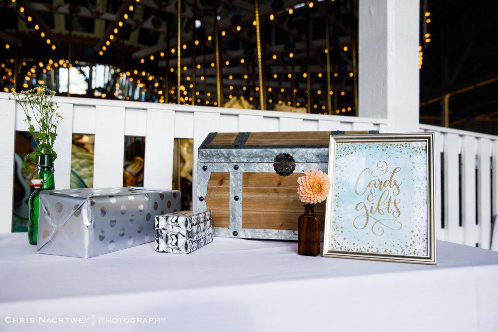 photos-wedding-lighthouse-point-park-carousel-new-haven-chris-nachtwey-photography-2019-40.jpg