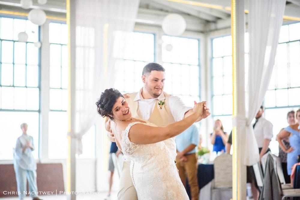 photos-wedding-lighthouse-point-park-carousel-new-haven-chris-nachtwey-photography-2019-48.jpg