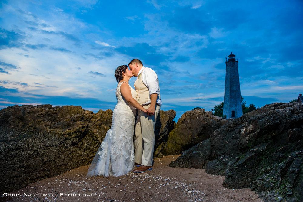 photos-wedding-lighthouse-point-park-carousel-new-haven-chris-nachtwey-photography-2019-55.jpg