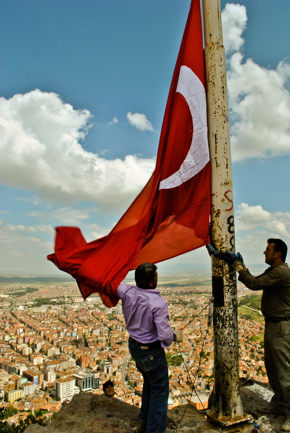 Raising the Turkish flag