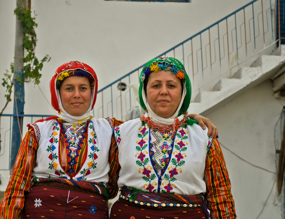 Sisters at a Turkish wedding in a Bektashi village called Kayabe