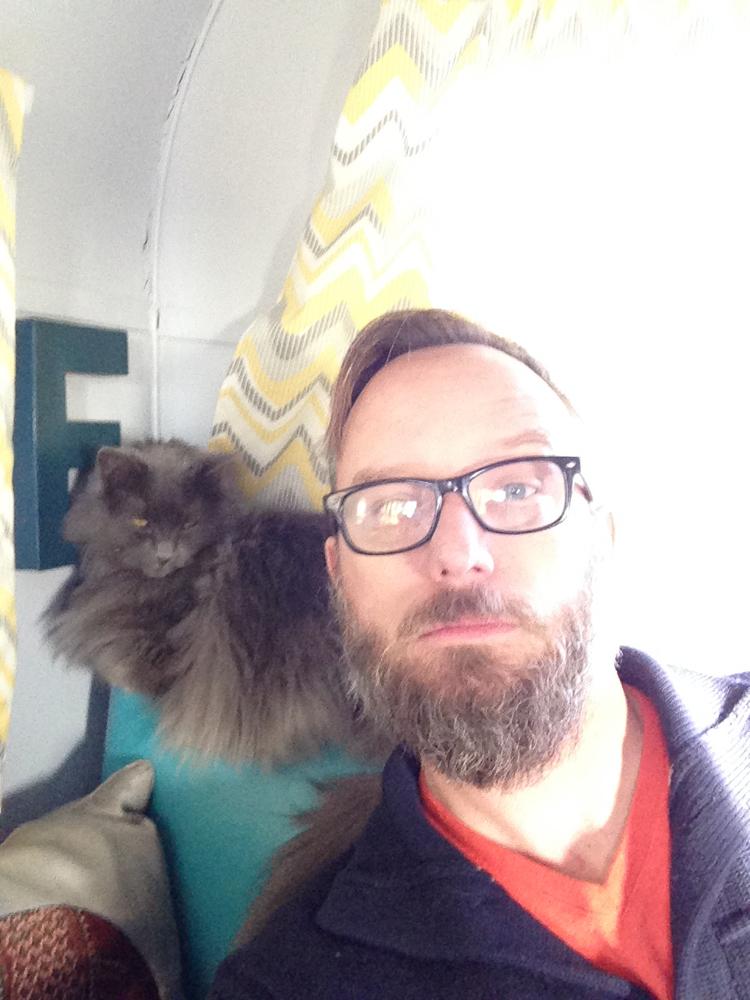 selfie with cat
