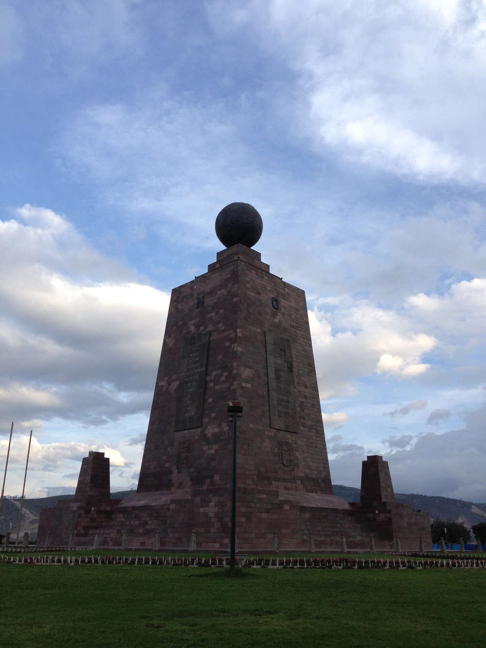 Mitad del Mundo - the original