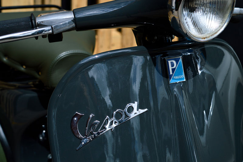 1963-GREEN-VESPA-FRONT-BADGE.jpg