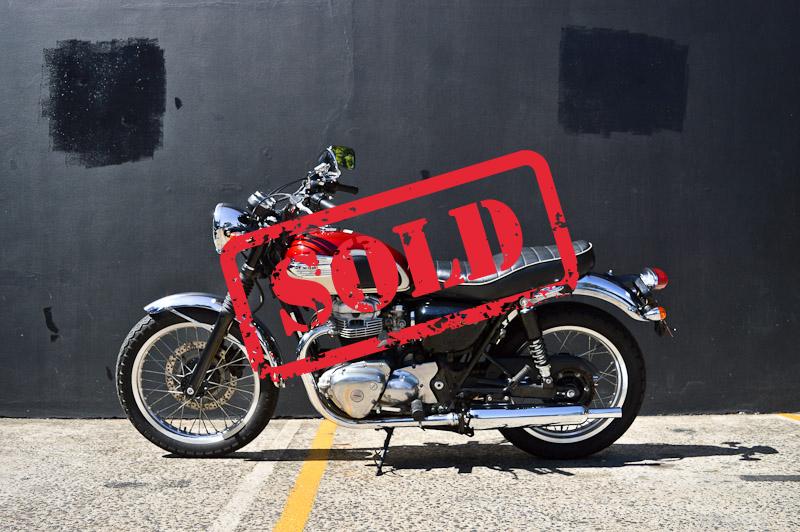 2006 Kawasaki W400 - $8,900