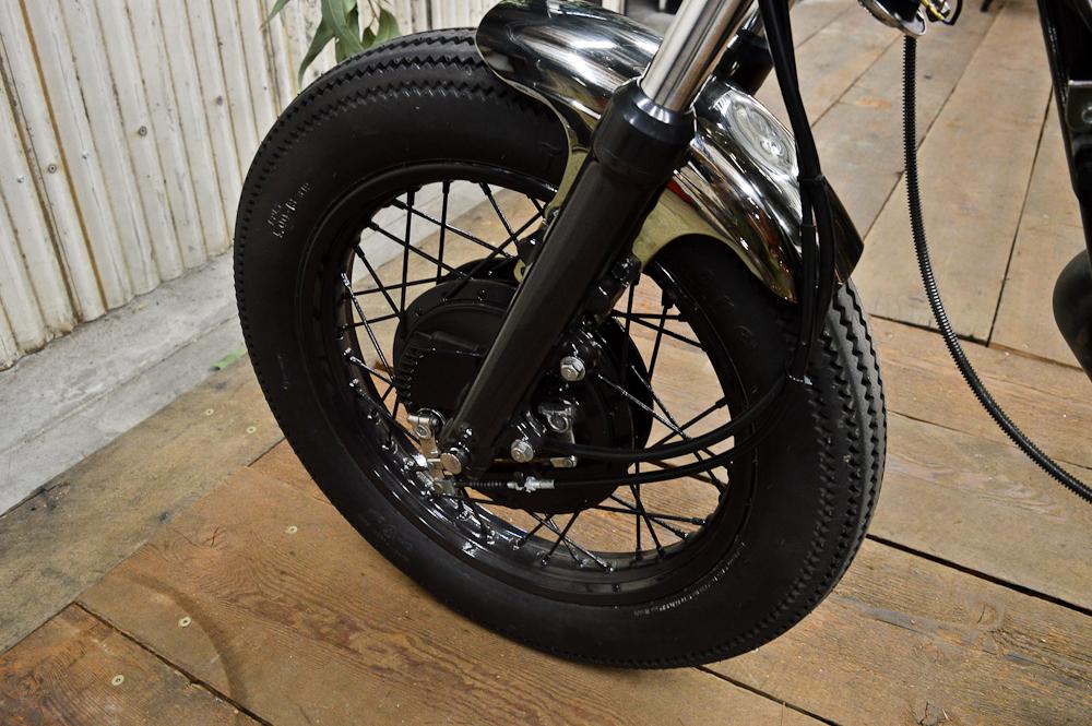 LaSombra front wheel.jpg
