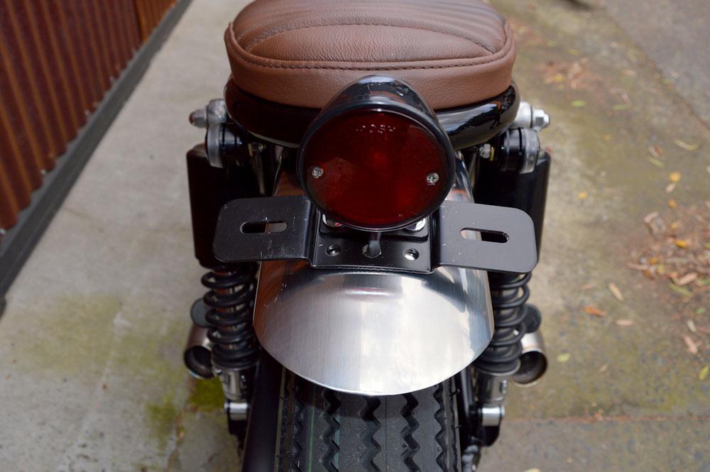 Kawasaki_W650_04.jpg