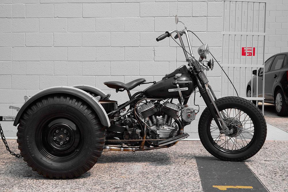 1972_HD_SERVICAR_0003_Bike_002.jpg