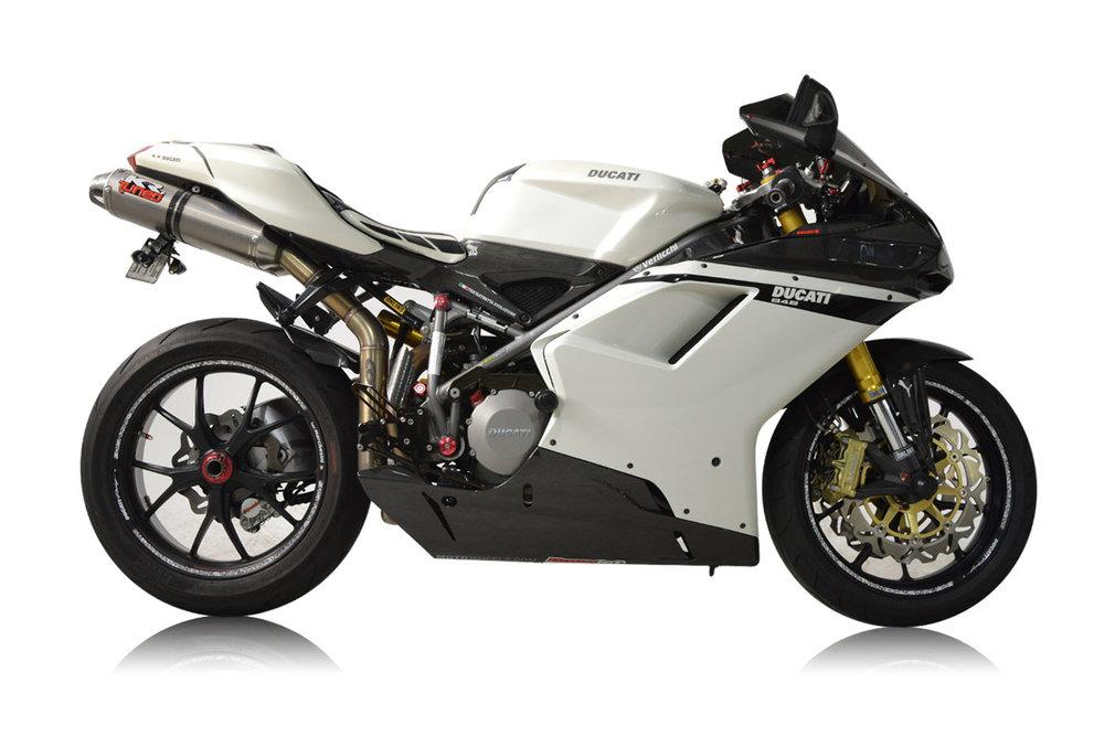 2007 Ducati 848_0040_Background.jpg