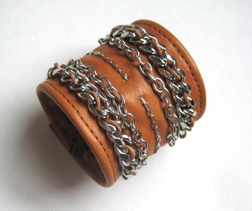 COGNAC chain cuff.jpeg