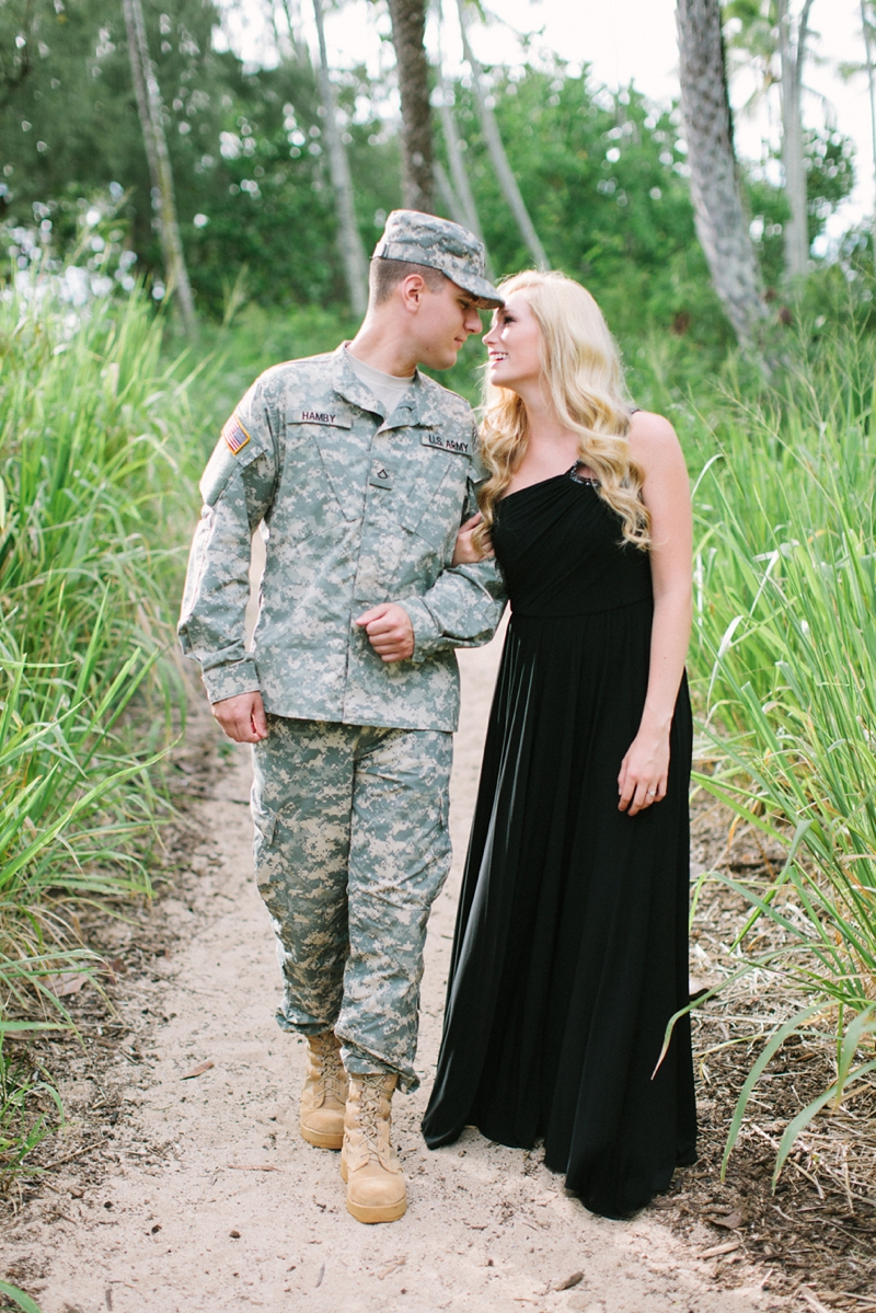 bethany-tim-hawaii-engagement-photographer-006.jpg