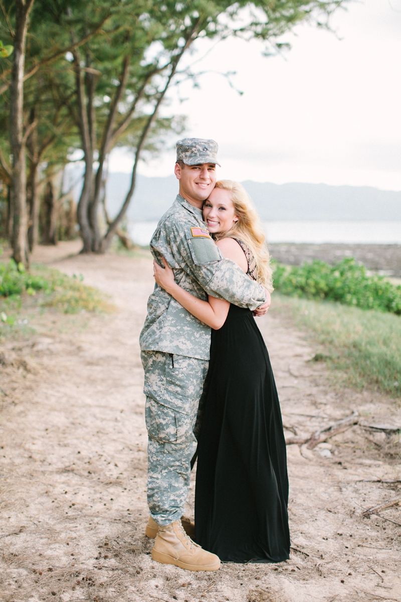 bethany-tim-hawaii-engagement-photographer-016.jpg