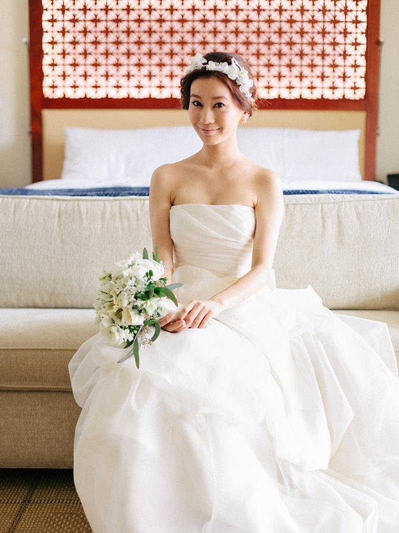 stylish-lanikuhonua-wedding-007.jpg