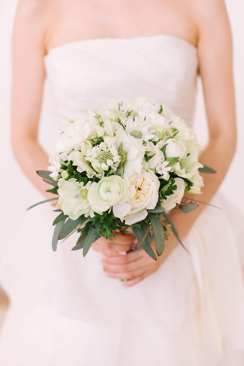 stylish-lanikuhonua-wedding-008.jpg