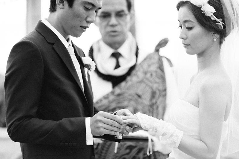 stylish-lanikuhonua-wedding-018.jpg
