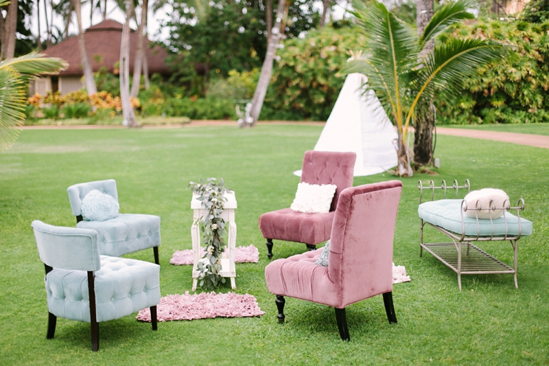 stylish-lanikuhonua-wedding-022.jpg