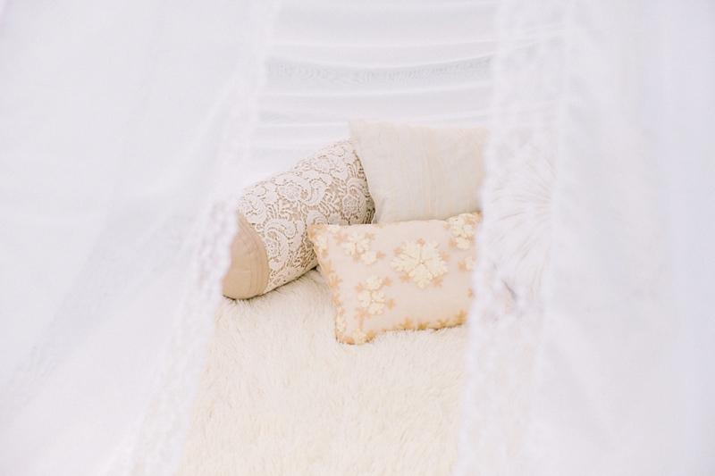 stylish-lanikuhonua-wedding-024.jpg