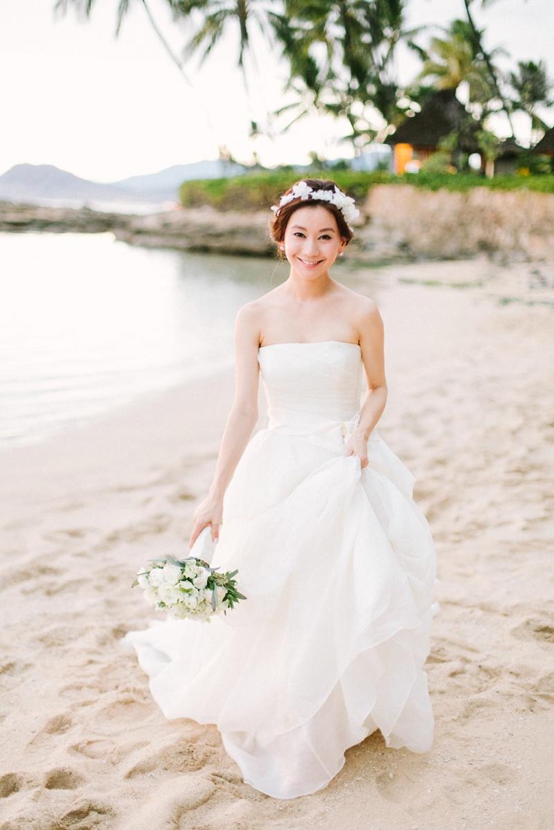stylish-lanikuhonua-wedding-036.jpg