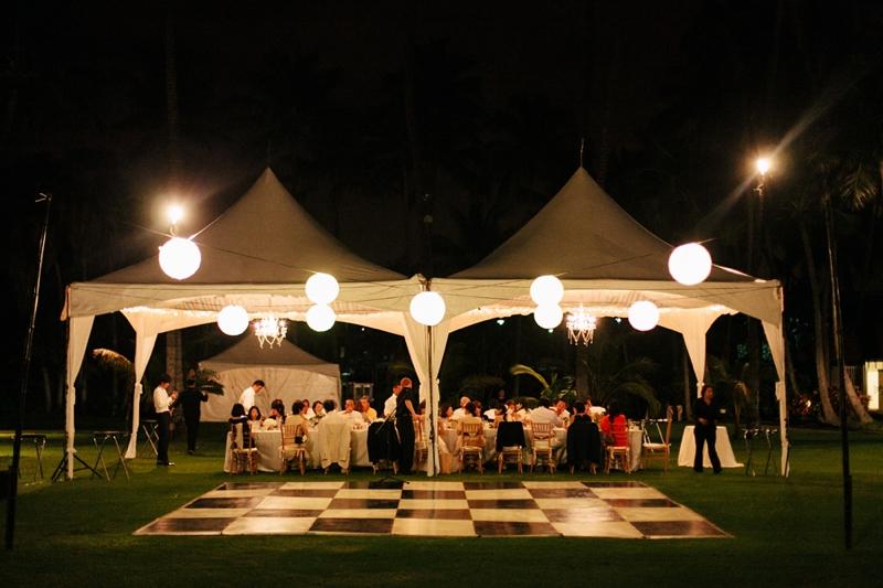 stylish-lanikuhonua-wedding-038.jpg