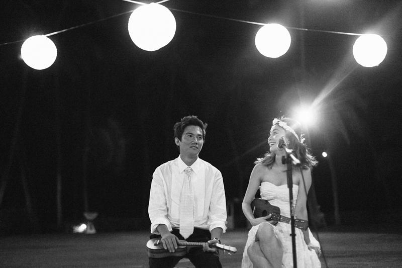 stylish-lanikuhonua-wedding-040.jpg