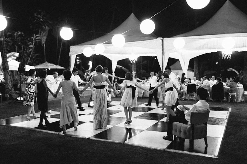 stylish-lanikuhonua-wedding-045.jpg