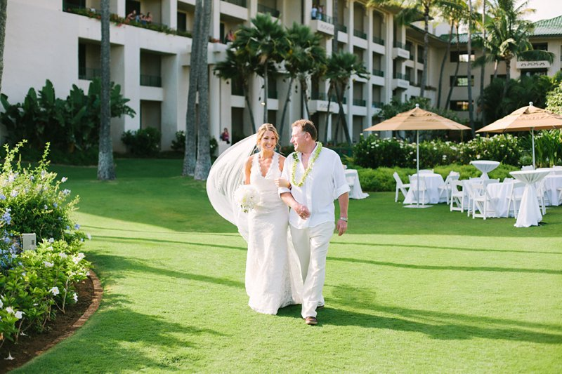 emily-mike-grand-hyatt-kauai-wedding-026.jpg