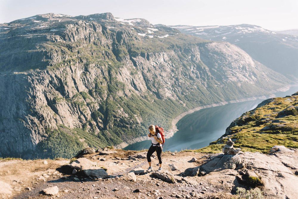 norway-travel-hiking-trolltunga-pulpit-rock-010.jpg