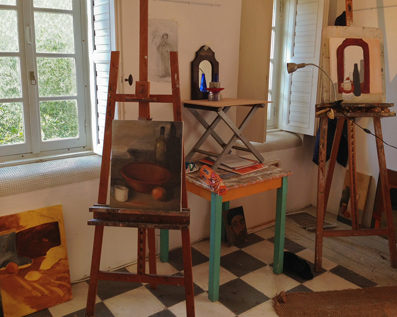 "The ""B + W"" Painting Studio"