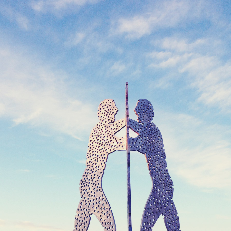 Molecule Man, Berlin 2014 © Miri Berlin Photography