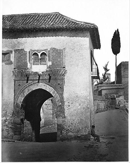 Charles Clifford Alhambra (Granada) um 1854 Quelle: http://www.pinterest.com/pin/471048442248320740/