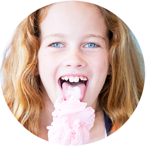 happy-gelato-girl.png