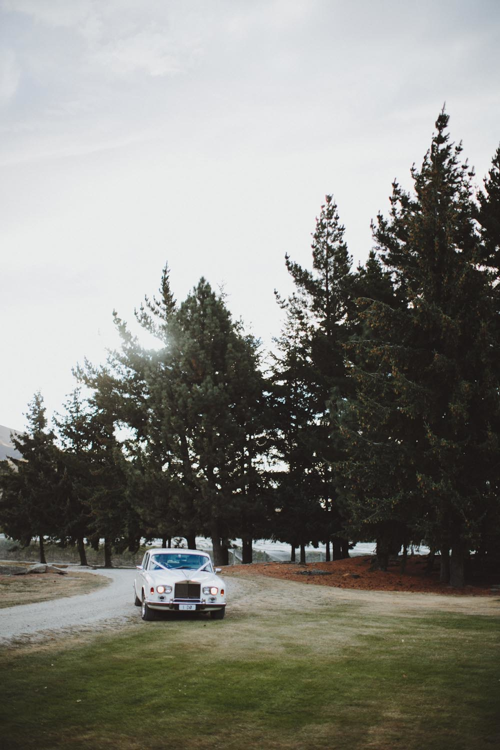 justin_aaron_queenstown_thelby_domain_new_zealand_wedding_sally_lachlan-115.jpg