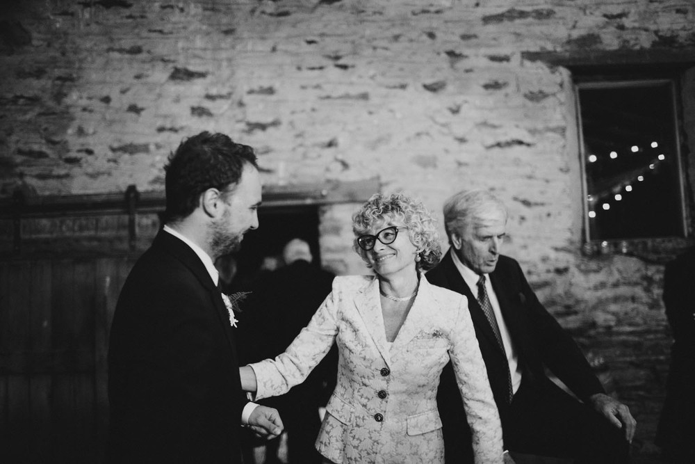 justin_aaron_queenstown_thelby_domain_new_zealand_wedding_sally_lachlan-185.jpg