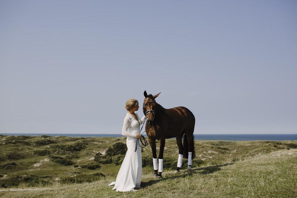 160827_justinaaron_wedding_cora_floris_preview-132.jpg