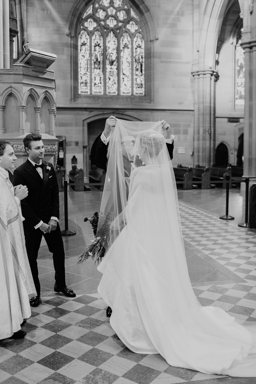 justinaaronphotographer_the_old_clare_kensignton_street_social_st_andrews_cathedral_sydney_alana_chris_b-001-088.jpg