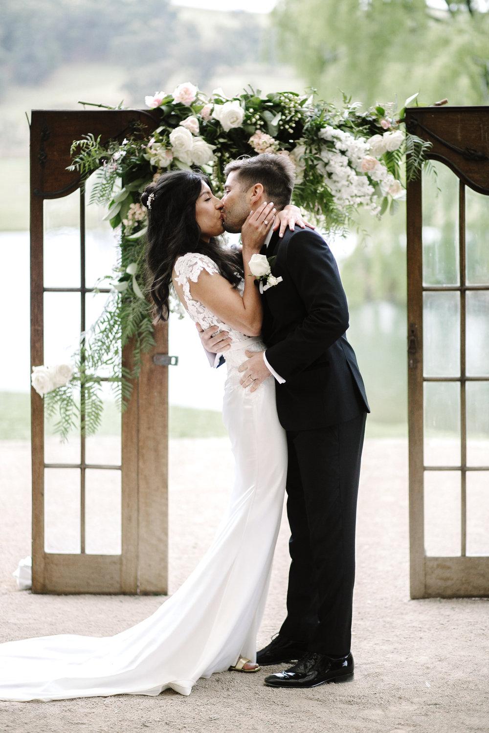 justinaaron-bendooley-estate-wedding-vanessa-dom-041.jpg