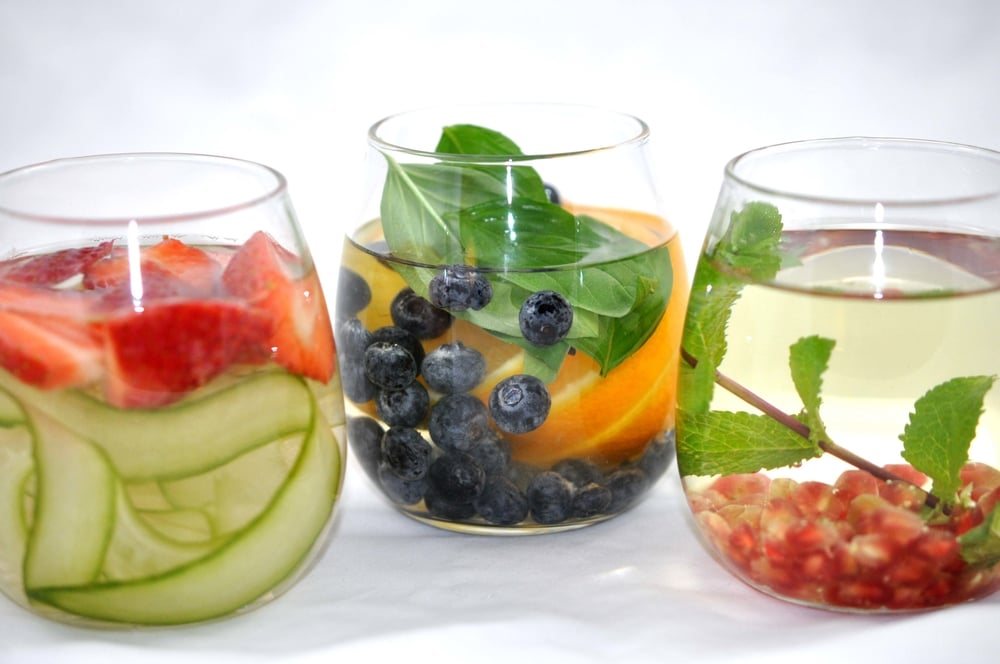 3 Kinds of Infused Water - Strawberry & Cucumber, Basil/Blueberry/Orange, & Mint/Green Tea/Pomegranate | Shiny Happy Bright