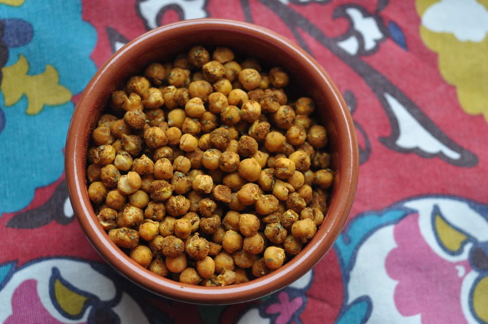 Tajine Spice Roasted Chickpeas | Shiny Happy Bright