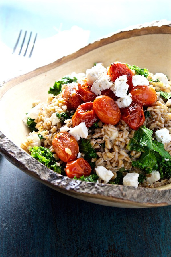 Easy Mediterranean Kale Farro Salad from Bessie Bakes - easy, 30 minute vegetarian recipes.