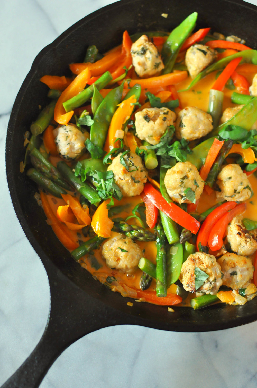 Red Thai Curry Turkey Meatballs - a delicious main meal that's full of veggies and flavor | Shiny Happy Bright