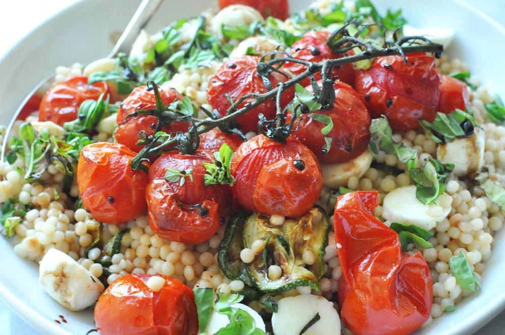 Israeli Couscous Salad with Zucchini, Mozzarella, and Tomatoes | Shiny Happy Bright