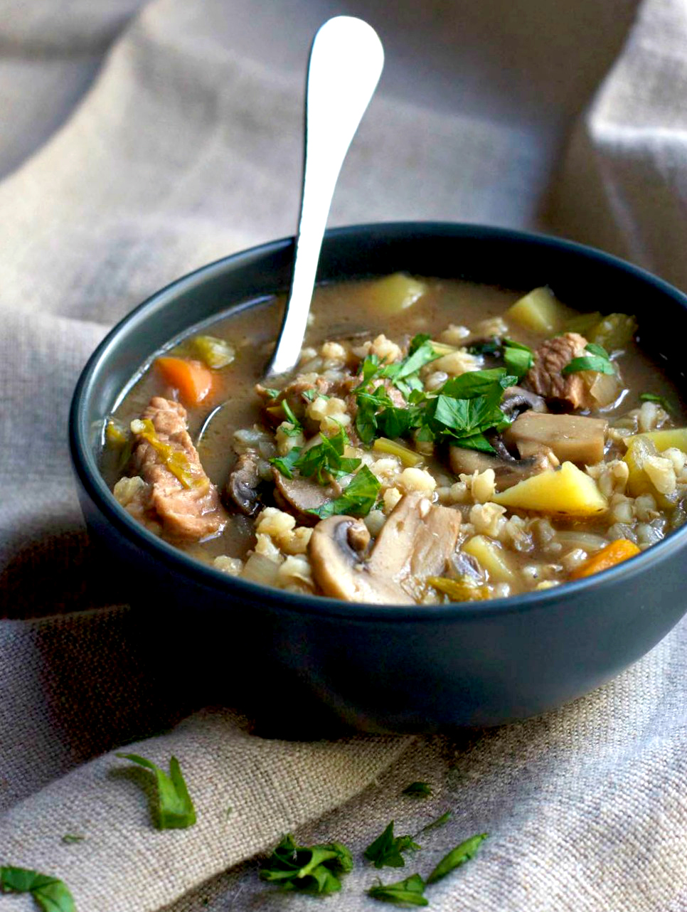 15 Delicious, Healthy Slow Cooker Soups You Need to Try!
