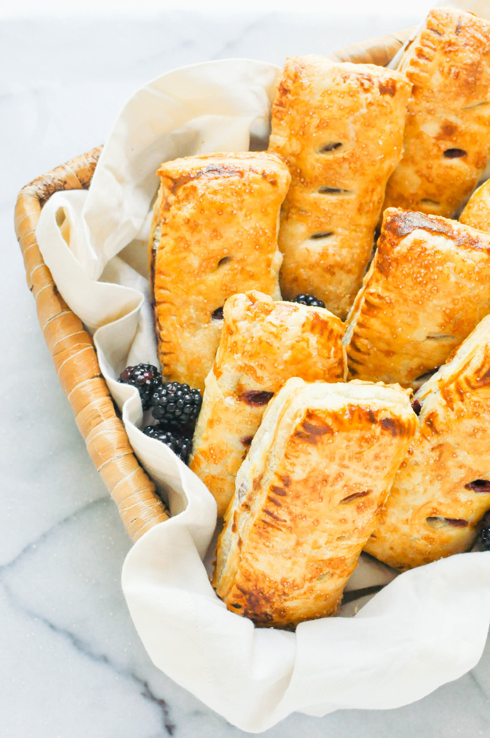 Blackberry & Apple Hand Pies (vegetarian, baking, fruit pie) | This Healthy Table