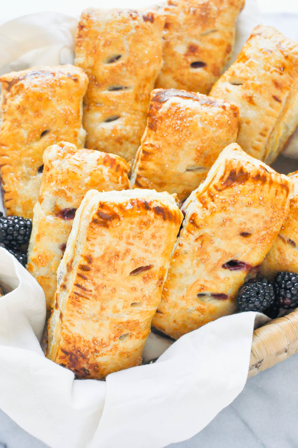 Blackberry & Apple Hand Pies (vegetarian, baking, fruit pie) | This Healthy Table