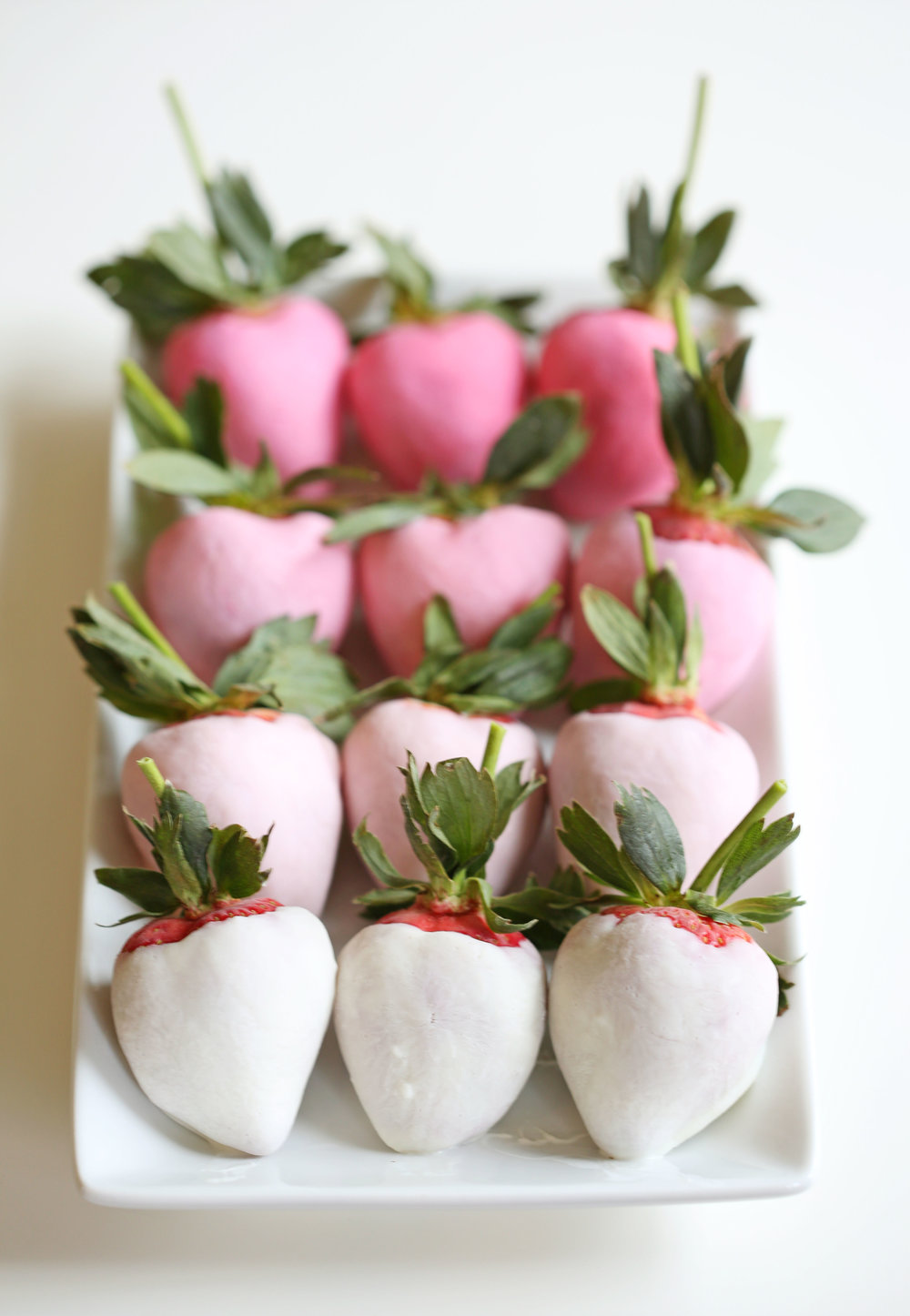 Yogurt Dipped Ombre Strawberries from Eat Yourself Skinny. Get the recipe here. -