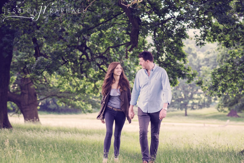 london-engagement-shoot-richmond-park-engagement-shoot-engagement-photos-jessica-raphael-engagement-photography-jessica-raphael-photography