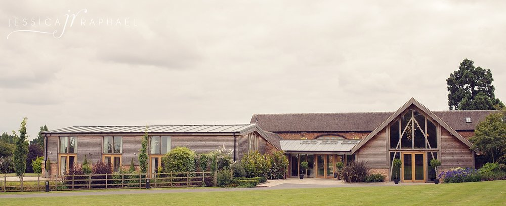 mythe-barn-wedding-warwickshire-wedding-photographer-mythe-barn-wedding-photos-jessica-raphael-photography