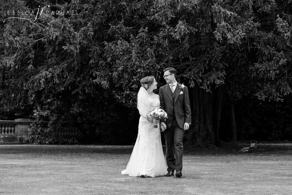 the-wood-norton-weddings-worcester-wedding-photographer-the-wood-norton-evesham-jessica-raphael-photography