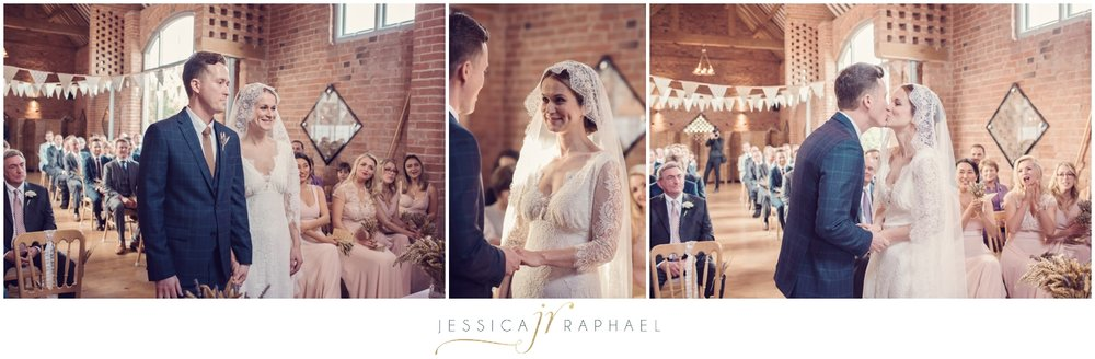 swallows-nest-barn-warwickshire-weddings-wedding-photographer-warwickshire-wedding-photographer-jessica-raphael-photography