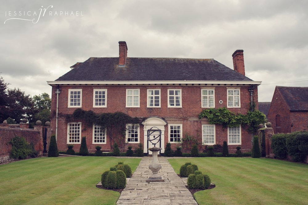 jessica-raphael-photography-blakelands-country-house